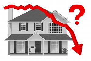Vorteil 1 von einer hohen Tilgung: Du reduzierst dein Risiko bei fallenden Immobilienpreisen.