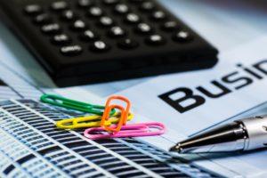 Rendite steigern nach dem Kauf: Wie kalkuliere ich Wohnungs-Aufwertungen richtig?