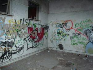 Ein verdreckter Keller ist oft ein Zeichen eines schlecht verwalteten Mehrfamilienhauses und einer schlechten Hausverwaltung