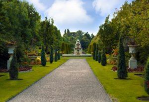 Foto eines Gartens. Der Garten ist Gemeinschaftseigentum und darf nicht einfach verändert werden