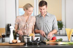 Eine Küche in deiner Mietwohnung stellt einen Mehrwert für deine Mieter dar der die Mietwohnung für ihn aufwertet. Mit den Rechnern in diesem Artikel kannst du die Rendite für diese Wohnwert Verbesserung berechnen.