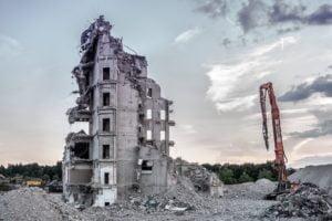Wie lange kannst du deine Immobilie noch wirtschaftlich nutzen bevor sie zu alt ist und abgerissen werden muss? Die Restnutzungsdauer ist ein wichtiger Baustein beim Ertragswertverfahren.