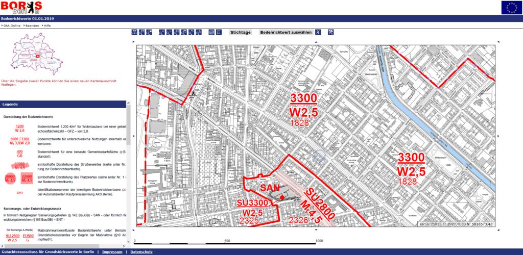 Ergebnis von Boris Berlin. Die Zahl über dem Strich zeigt dir den Bodenrichtwert pro qm für die eingegebene Adresse.